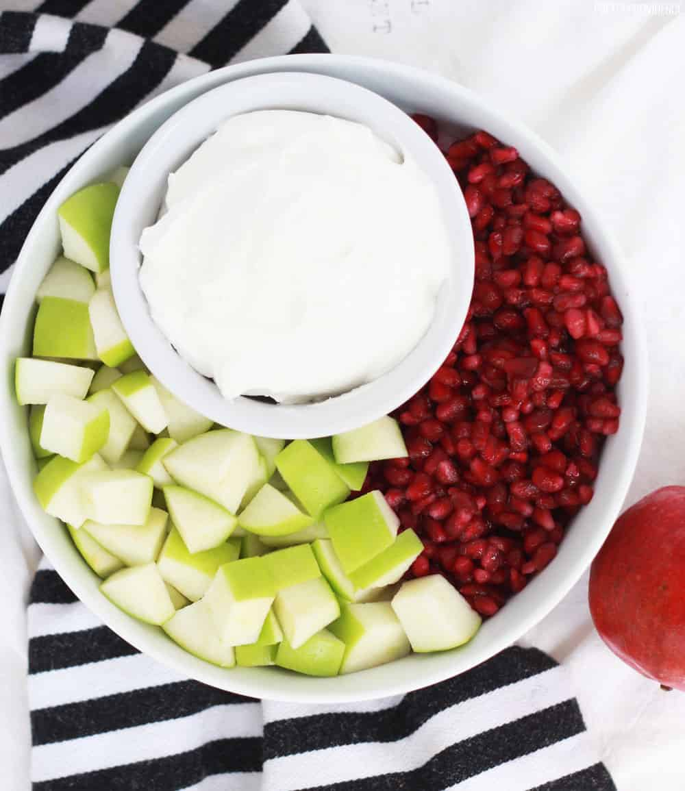 Fruit Salad with Apples and Pomegranates - Perfect fruit salad recipe for Thanksgiving or Christmas!