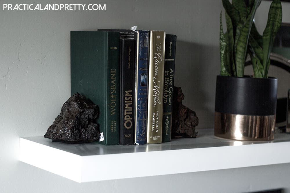 These lava rock bookends let you bring a little bit of the beautiful desert landscape right into your home. And they're so easy!