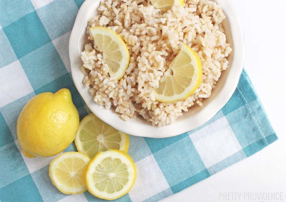 This lemon brown rice is SO GOOD you almost forget it's healthy!