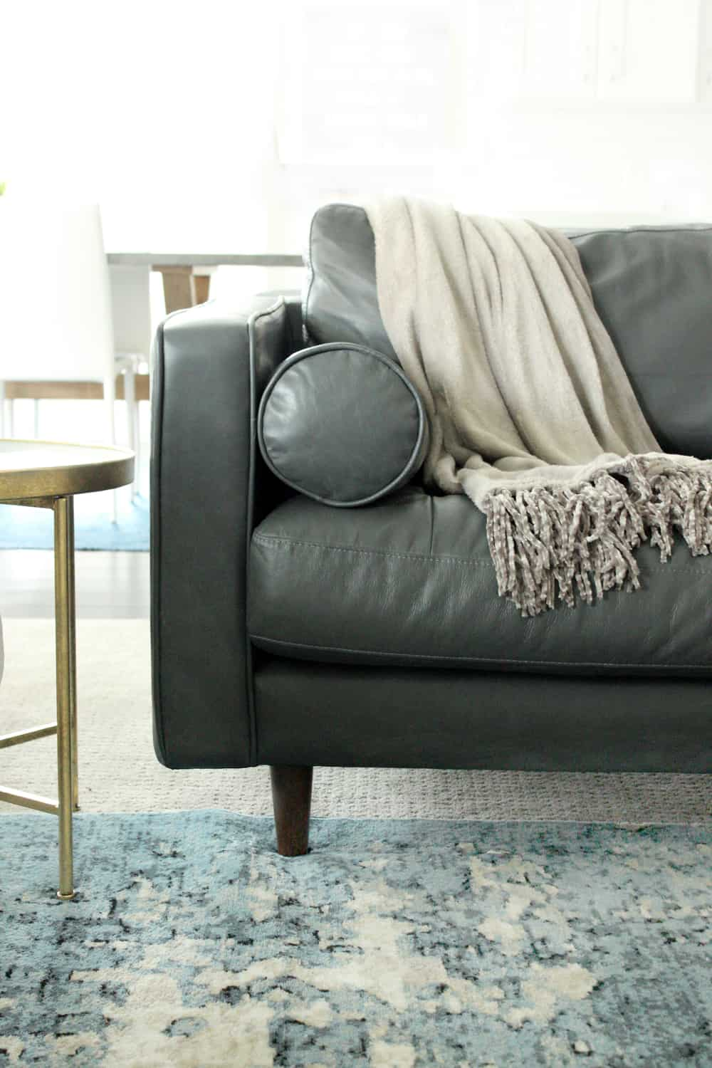 I'm totally in love with this cozy, modern living room space! It makes the most out of the size, and pairs looks and functionality so well! Great prices, too!