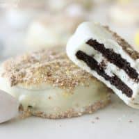 White Chocolate Dipped Oreos
