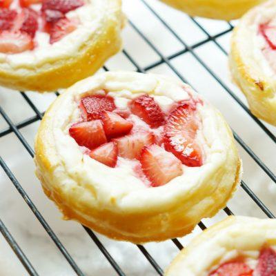 Easy Strawberry Danish