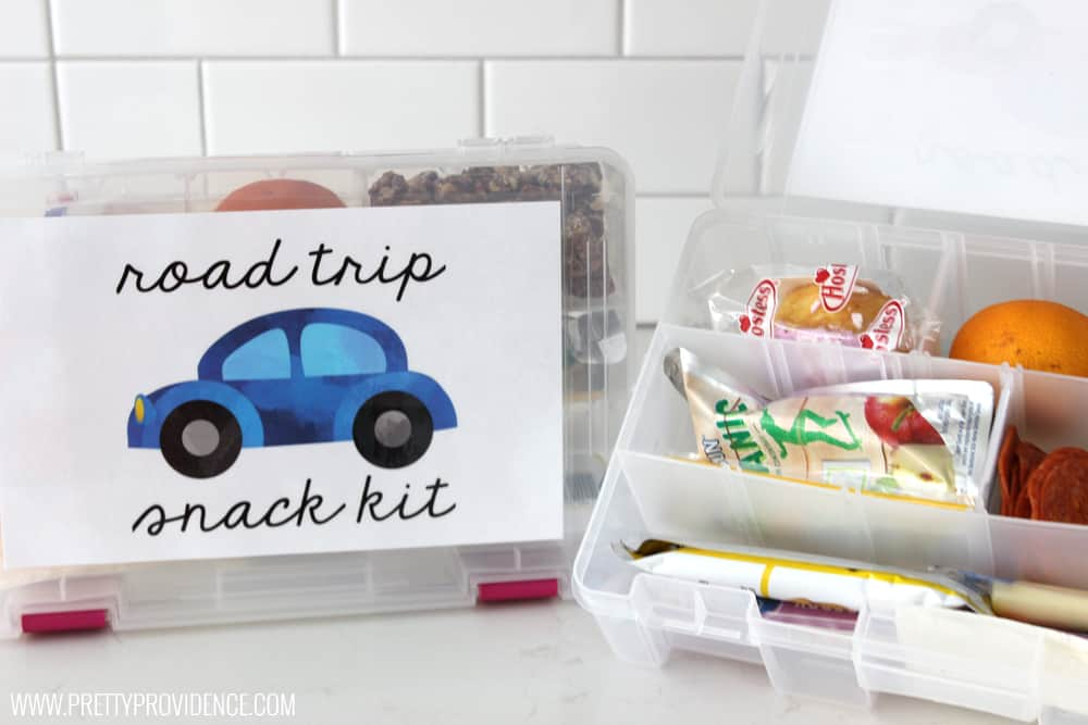 These road trip snack kits are pure GENIUS! Seriously how have I not thought of this before? Perfect for older kids on road trips so moms not constantly turning around!