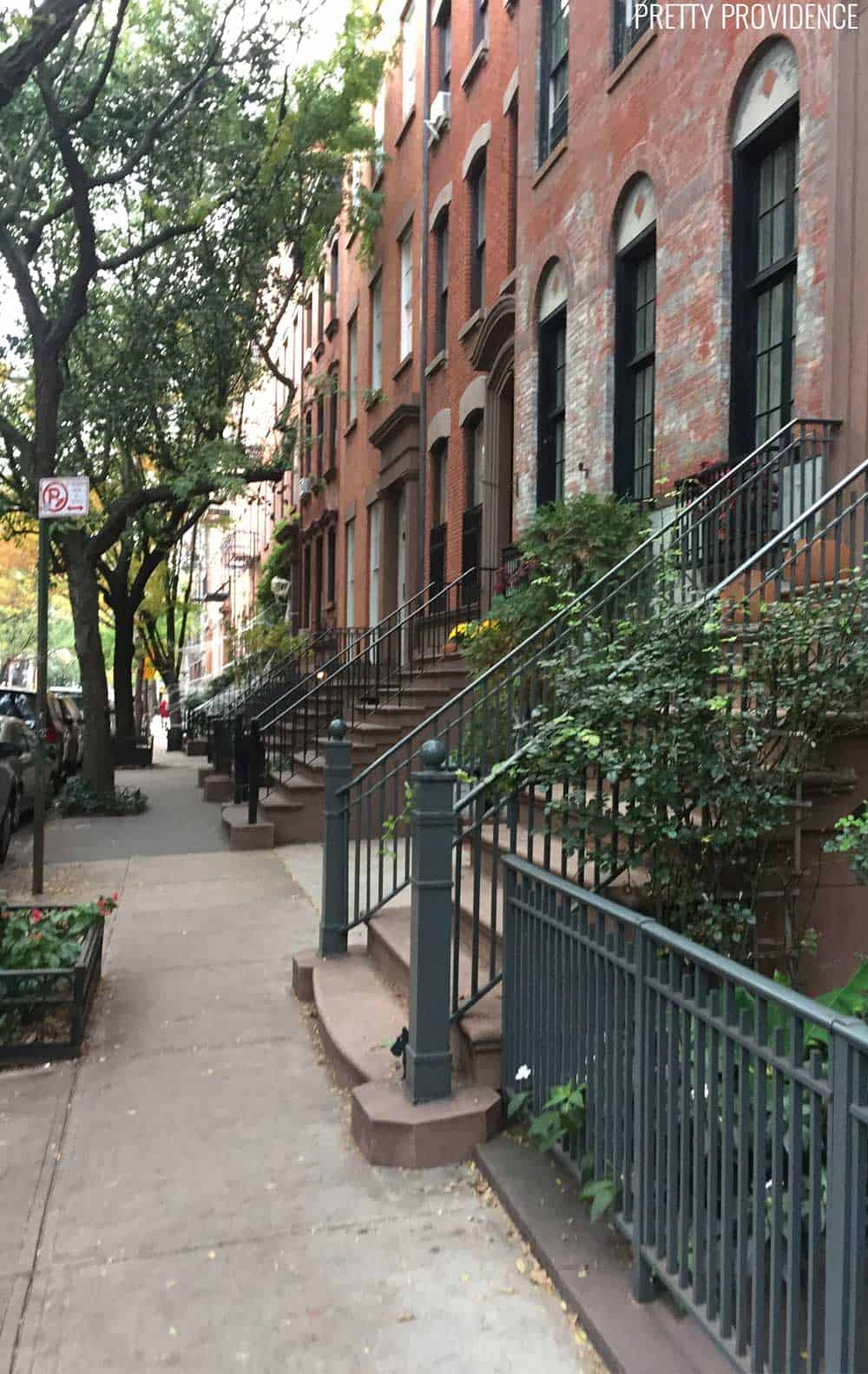There are some really good ideas for fun, CHEAP things to do in NYC in here! Not everything in you do in NYC has to be expensive!
