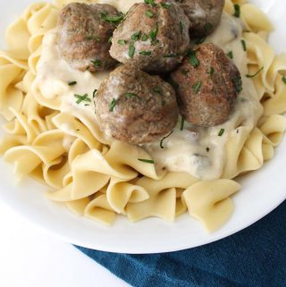Slow Cooker Meatball Stroganoff! SUPER easy, super delicious!