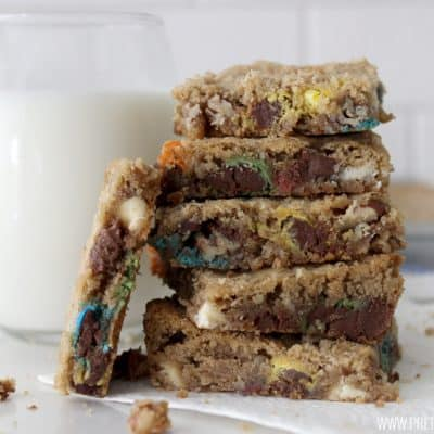 These loaded cookie bars are unbelievable amazing! Super easy to whip up and this recipe makes a ton!