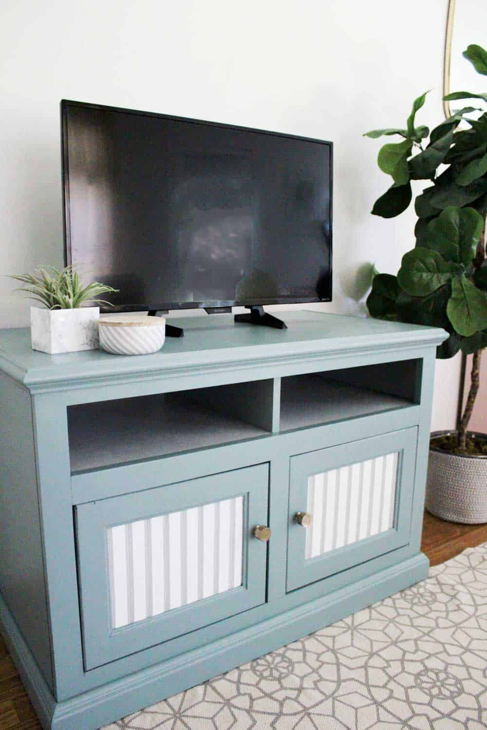 tv-stand-painted-2