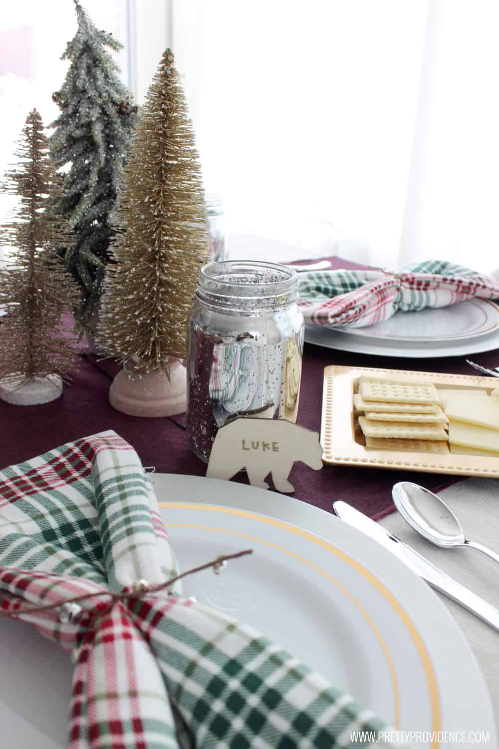 Loving this simple holiday tablescape! Whimsically beautiful, with items I'll use again and again!