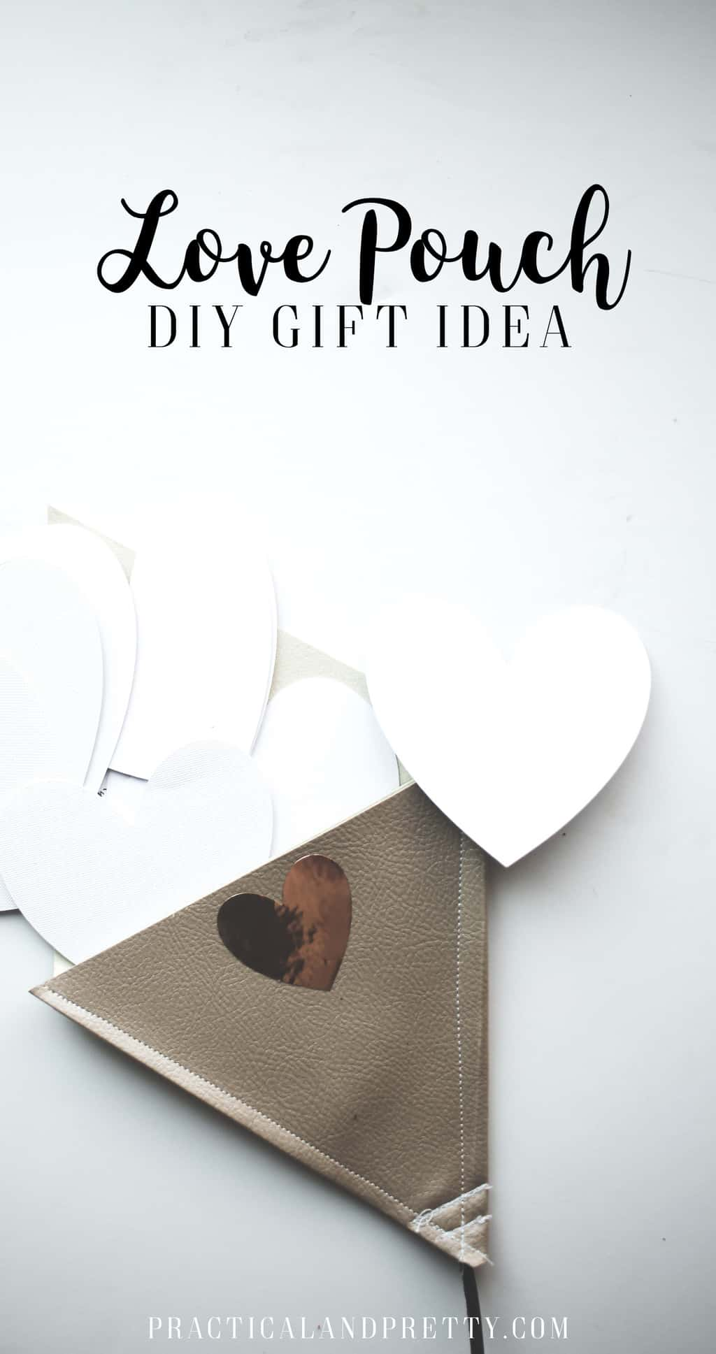 Do you have someone in you life you could swap some love notes with? This little DIY gift is a simple way to keep the love going back and forth!