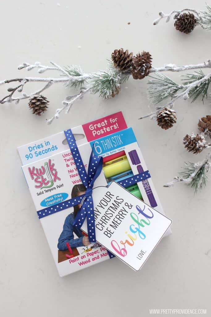 I love these fun Merry and Bright Christmas gift tags! Such a fun gift for a teacher or friend!