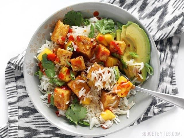 mango-coconut-tofu-bowls-eat