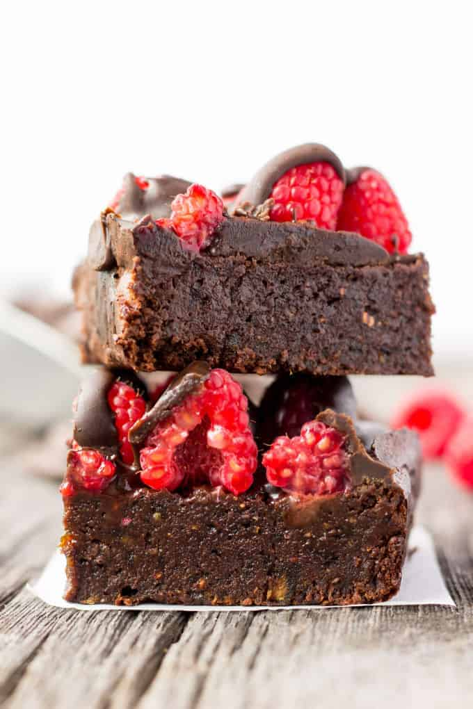 raspberry-chocolate-protein-brownies-6
