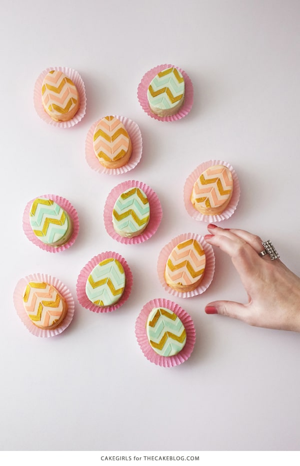 mini_easter_egg_cakes_31