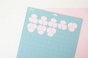 Paper Flowers on Cricut mat