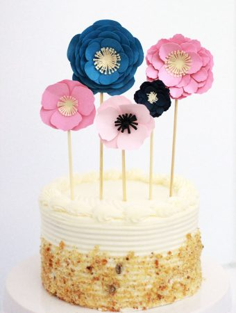 How to make an easy cake topper with paper flowers made of cardstock! This is an awesome, easy cake decorating idea!