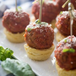 You will love these easy spaghetti and meatball appetizers! Perfect for tailgating, impressing house guests or serving at parties! I promise they will disappear in a blink!