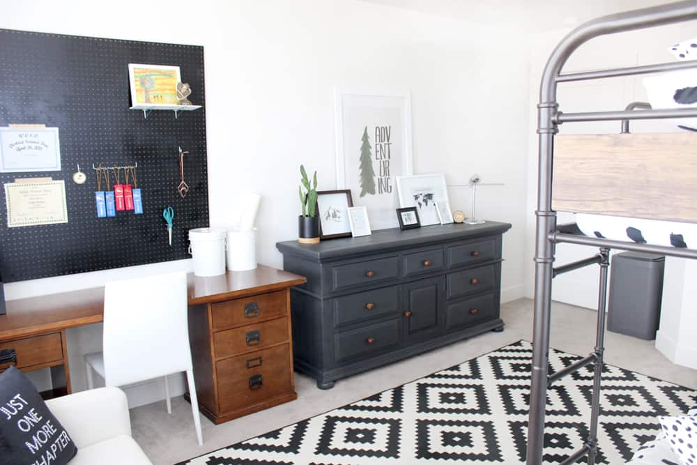 Awesome Modern Boys Bedroom - Pretty Providence
