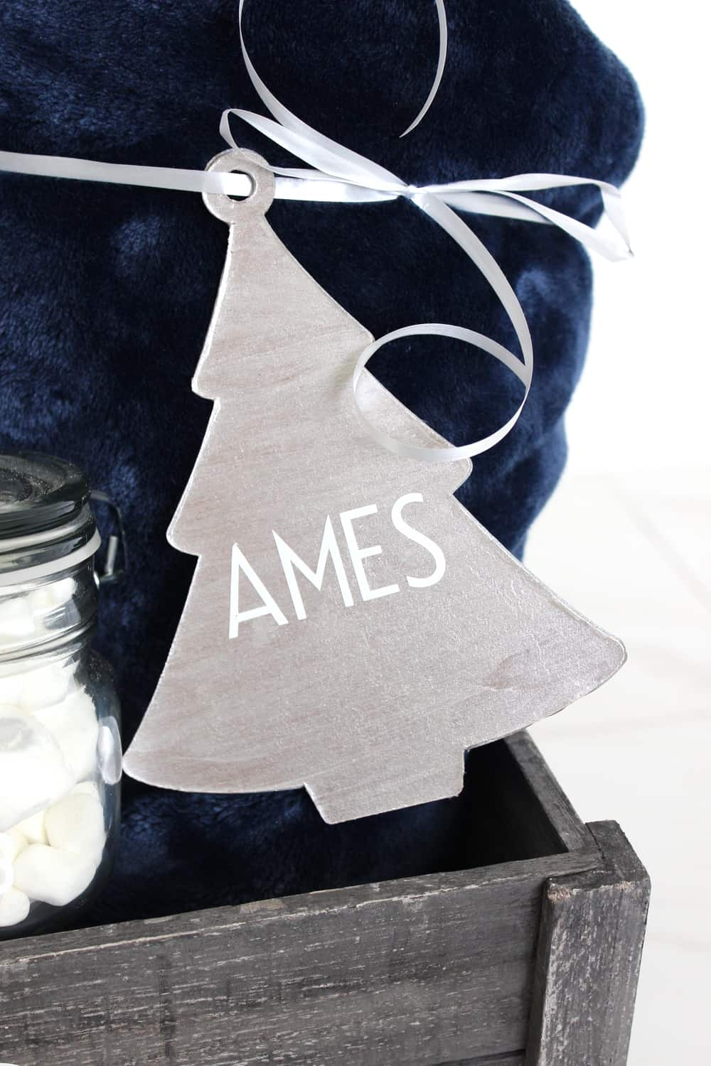 "DIY ornament with last name ""ames"" cut out with a Cricut Maker review"
