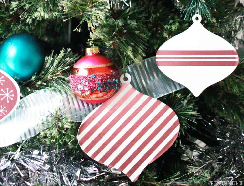 retro-christmas-ornaments