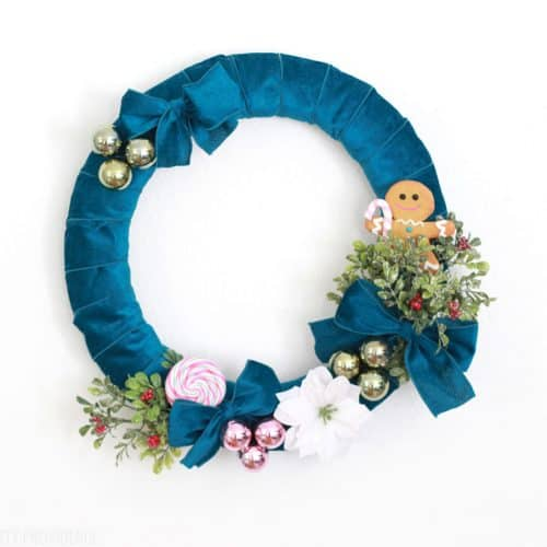 DIY Velvet Christmas Wreath