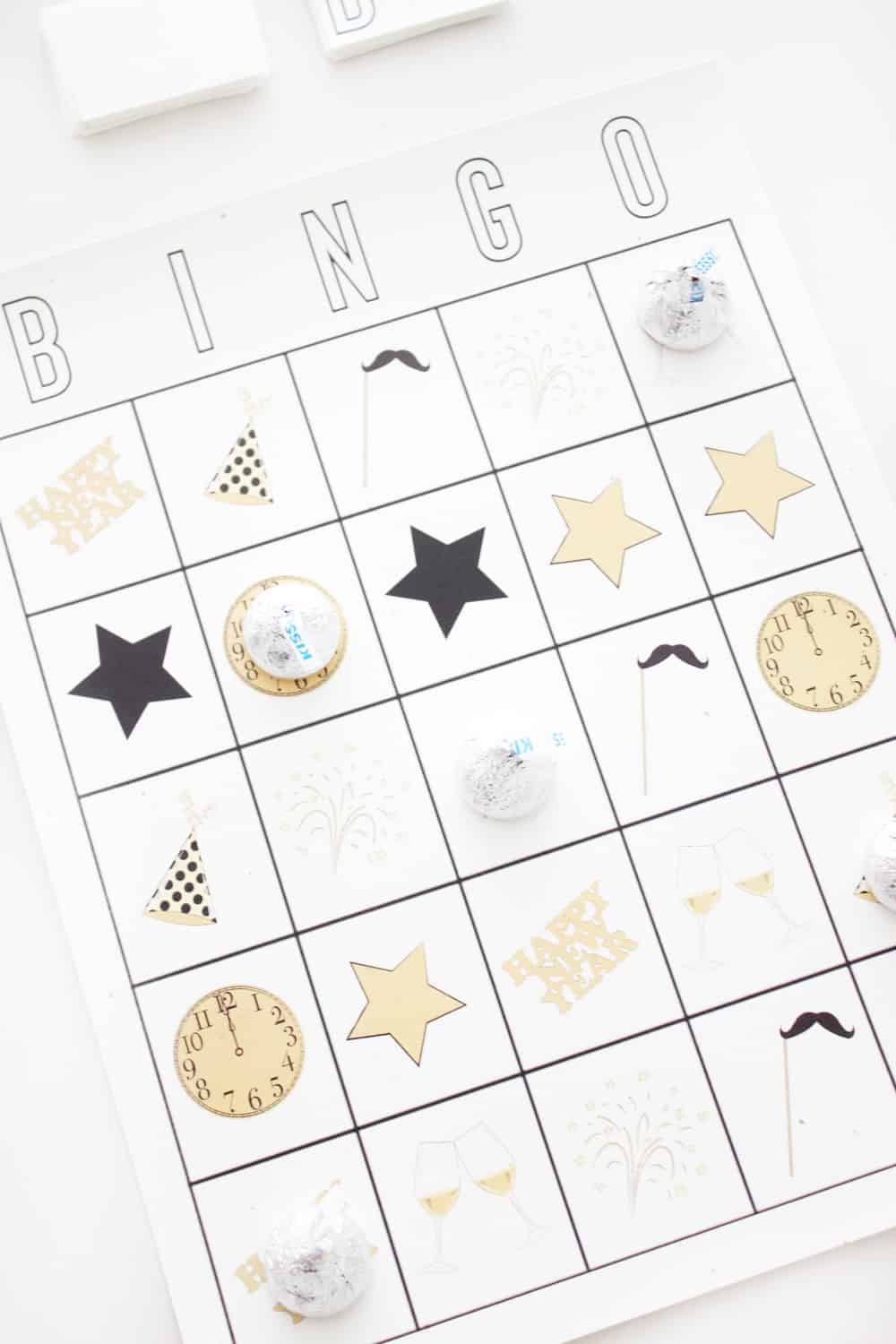 Super cute printable New Years Eve party game!