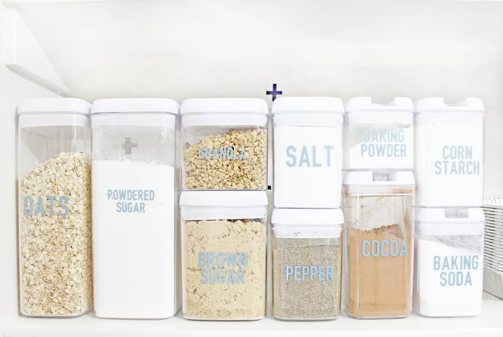 small airtight storage containers