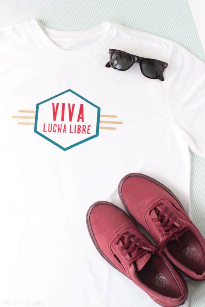 """Cool T-Shirt for Men made with Cricut, that says """"Viva Lucha Libre"""""""