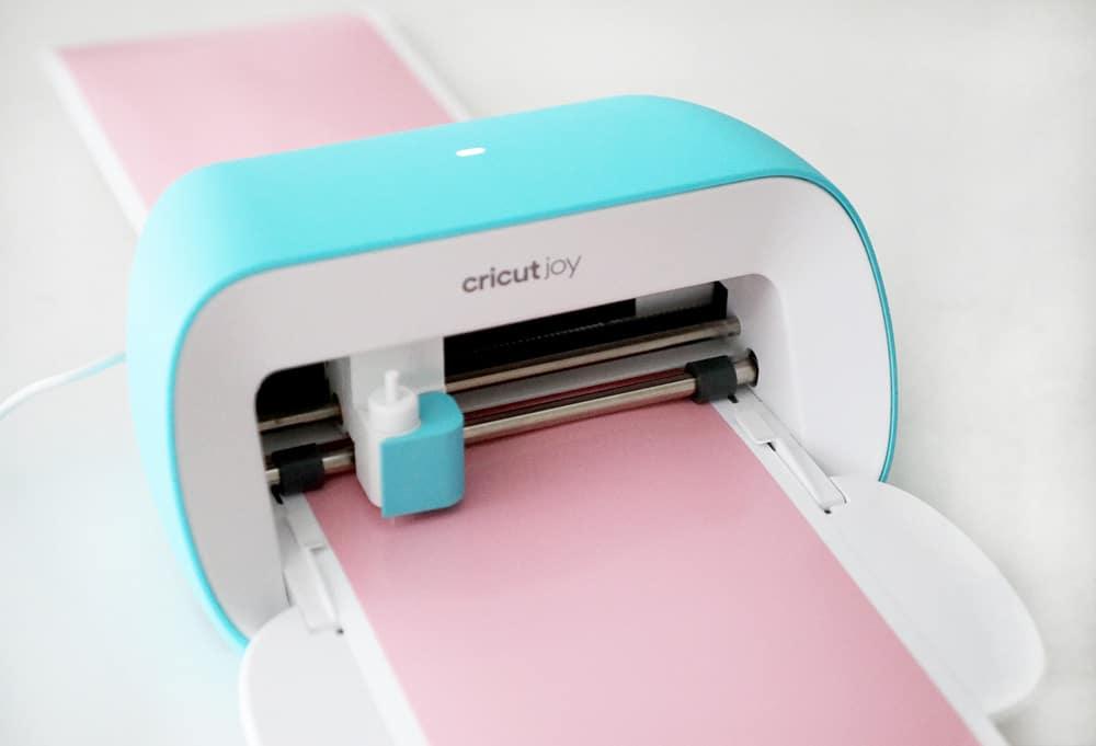 Cricut Joy loading matless pink vinyl
