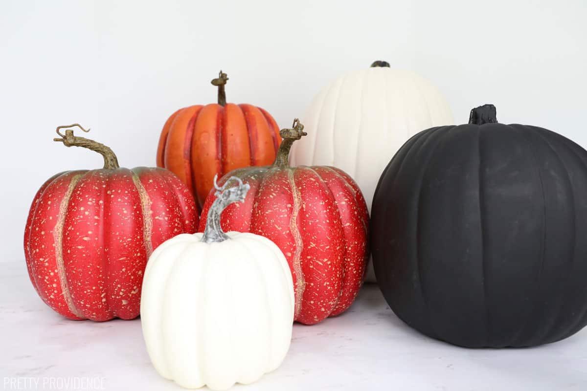 Plain craft pumpkins in different sizes